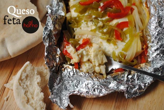 Queso feta al horno con verduras [#cocinacallejera]