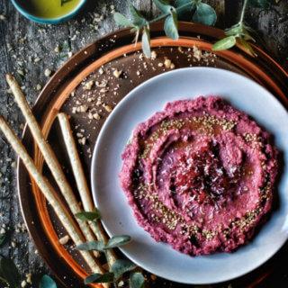 Hummus de remolacha, coco y lima. Receta