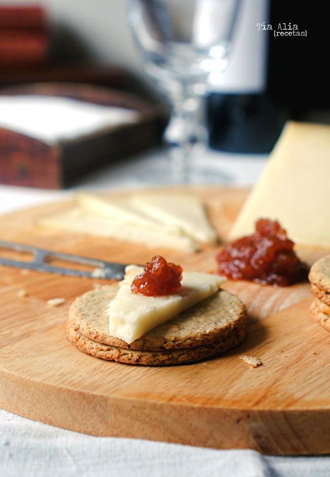 Oatcakes o galletas de avena para acompañar quesos. Receta