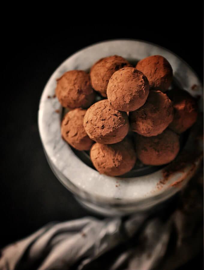 Cómo hacer trufas de chocolate caseras