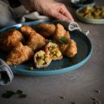 Aloo samosas o empanadillas indias de patata. Receta vegetariana con y sin Thermomix