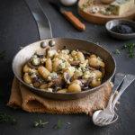 Gnocchi con champiñones y queso azul, receta fácil, rápida y deliciosa