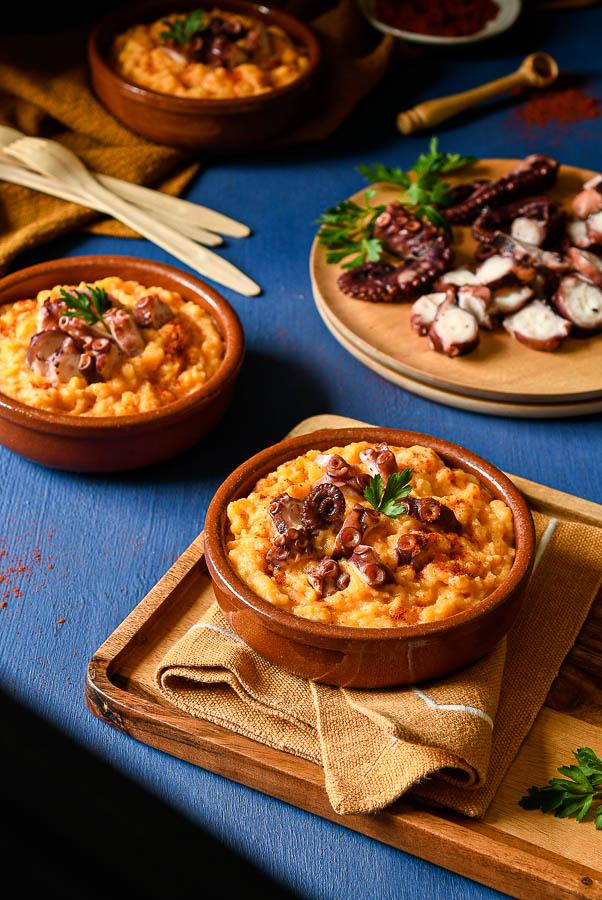 Patatas revolconas con pulpo, receta